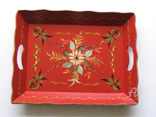Claudette Allosio - plateau rouge stylisé